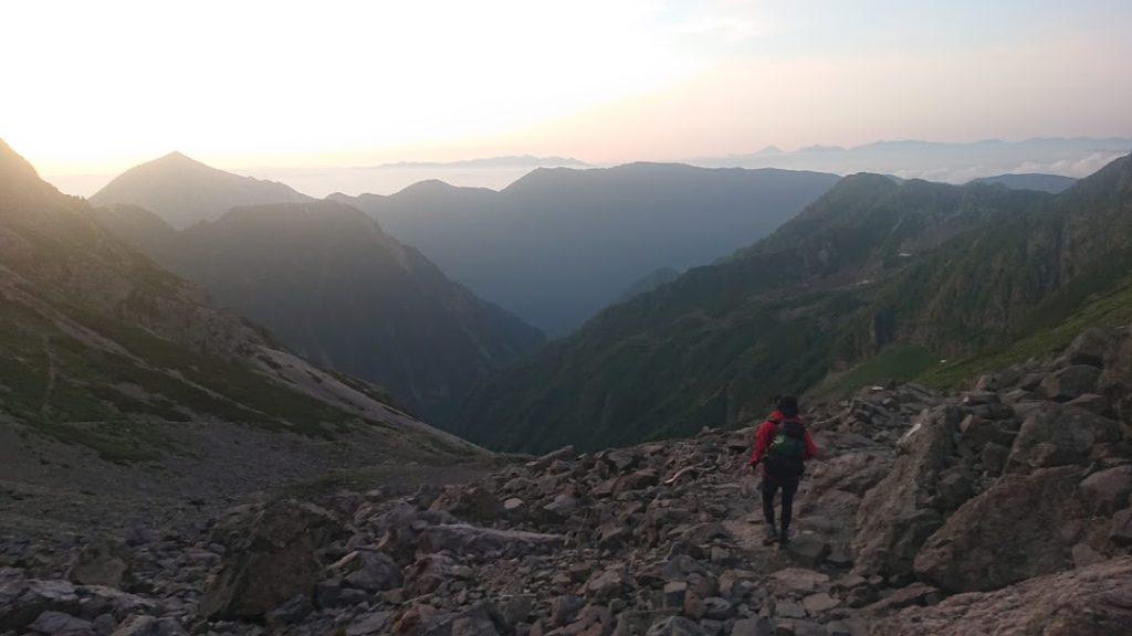 槍ヶ岳から下山