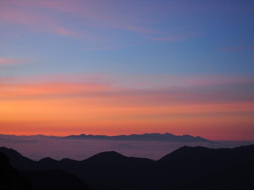 槍ヶ岳からの朝焼け