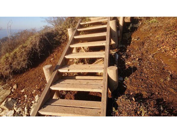 丹沢主稜縦走の登山道8