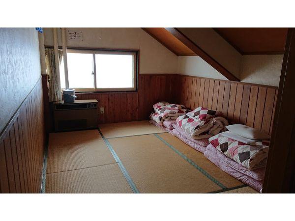 八方池山荘の部屋