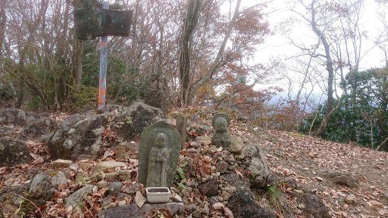 仏果山の仏像