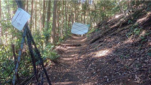 尊仏山荘の鹿柵