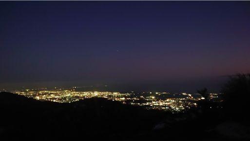 尊仏山荘の夜景