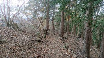 高取山から縦走開始
