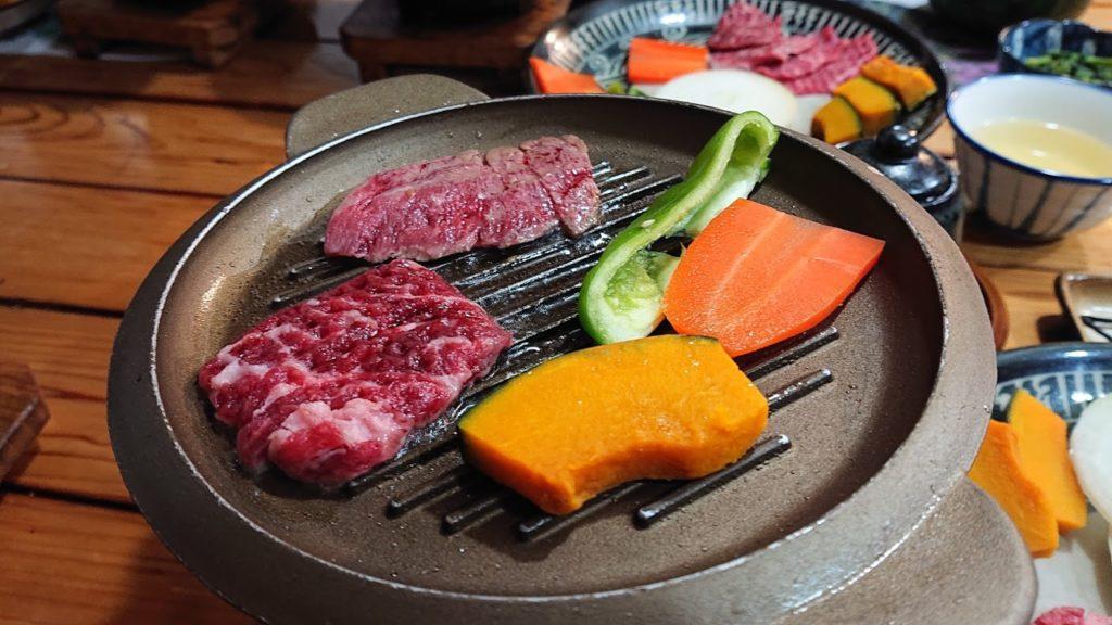 みやま山荘の焼肉(焼中)