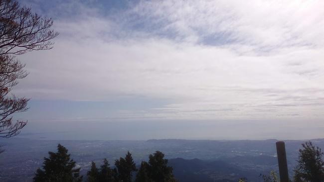 大山山頂からの相模湾